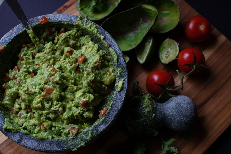 How to Make The Best Damn Guacamole Ever